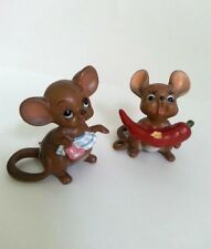 Vintage Josef Original Figurines Mouse W Chili Pepper And Mouse Cleaning W Tag
