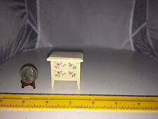 1/16 MINIATURE BEDSIDE TABLE W ROSES ON THE DRAWER FRONTS NO MOVING DRAWERS