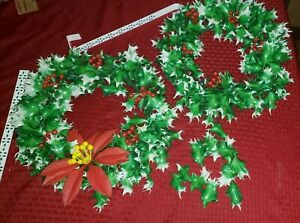 Lot of 2 Vintage 1960s Plastic Christmas Wreath Holly Berries Poinsettia Hangers