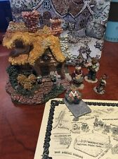 Boyd's Bears Baileys Cozy Cottage - Bearly Built Villages Inc Accessories New