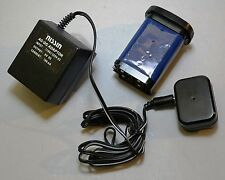 Nissin Auto 6000 AF Thyristor Camera Flash Rechargeable Battery & Charger