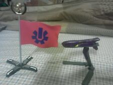 Halo USNC Super rare flag with weapon on stand *read