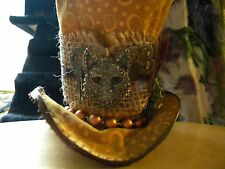 MINI TOP HAT WITH WOLF AND KEYS HABERDASHERY WILD WOLF TOP HAT