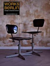 Vintage Fabrikstühle, höhenverstellbar, Sitzflächen aus Bakelitte - worksberlin