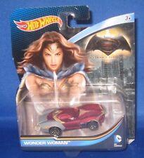 DC UNIVERSE COMICS MARVEL BATMAN VS SUPERMAN COLLECTOR HOT WHEELS WONDER WOMAN