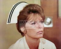 "JULIE LONDON ""DIXIE McCALL, RN"" IN ""EMERGENCY!"" - 8X10 PUBLICITY PHOTO (DA-478)"