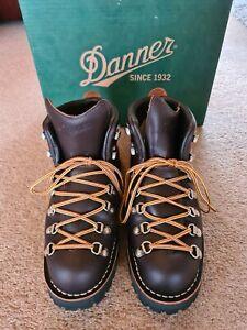 Danner Mountain Light Boots - UK7.5 (fits like uk8) hiking walking hipster