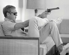 Time Life - Steve McQueen - Takes Aim - Ready Framed Canvas 40x50cm