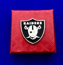 Oakland Raiders Football Team Pin US SELLER Fast Shipping (NEW)