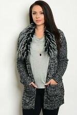 WOMEN'S PLUS SIZE CHARCOAL SWEATER WITH FAUX FUR COLLAR 2XL NWT