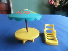 VINTAGE FISHER PRICE LITTLE PEOPLE UMBRELLA PATIO TABLE AND LOUNGE  CHAIR