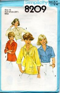 70s Simplicity Sewing Pattern 8209 Misses Front Tuck Blouse Pullover Top Size 16