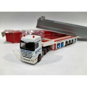 HERPA 155946 / H0 1:87 / MB Actros LH SZ / Truck (Hausmann Transport) Trasporto