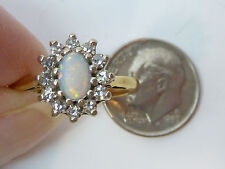 18k Yellow Gold Oval Opal & 0.25CTW Diamond Ring 4.7g Size 6.5 Estate Find