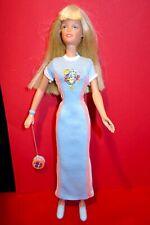 """Barbie doll  Skipper  """"Totally Yo Yo """" Vintage 1998 teenage sister  blue dress"""
