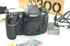 Nikon D300 12,3MP DSLR Kamera,  Body, Auslösungen 39956