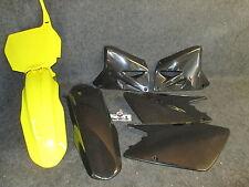 SUZUKI RM125 RM250 2001-2012 NUOVO X-FUN COMPLETO YEL / Blk PLASTICA KIT pk2007