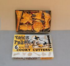 Trick or Treat Cooky Cutter Set 6 Vintage Box Cookies Metal Witch Cat Owl Broom