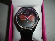 WOMENS BETSEY JOHNSON BLACK/COPPER CAT IN SUNGLASSES BLINGED WATCH - NIB
