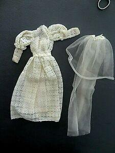 Tenue vintage poupée SUPERSTAR BARBIE MATTEL #  9907 Beautiful Bride 1979