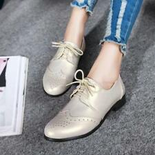 2018 New Womens Lace Up round Toe flat Casual Wingtip Brogue carved Shoes