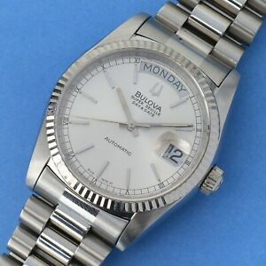 1982 Vintage Bulova Super Seville Automatic Day Date Silver Mens Watch Running