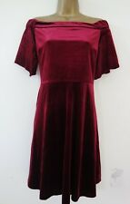Red Herring BORGOGNA VELLUTO BARDOT Skater Dress Size 14 BNWT £ 35 Off spalla