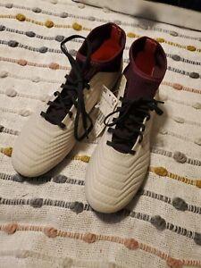 Adidas Predator 18.3 FG Soccer Cleats Off White/Maroon DB2511 Women's Size 8.5