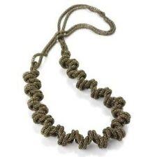 Modeschmuck-Halsketten & -Anhänger aus Metall-Legierung Designer
