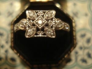 Beautiful & Finely Crafted Art Deco Inspired: 9 Sparkling Diamonds 9CT Gold Ring