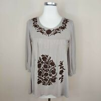 Garnet Hill Taupe Embroidered Knit Top XS Floral Boho 3/4 Sleeve
