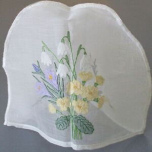 Vintage MADEIRA Organdy Hand Embroidered Shadow Work TEA COZY * Pastel FLOWERS