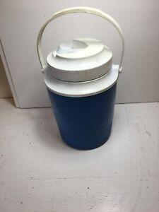GOTT RUBBERMAID - 1/2 GAL. Blue INSULATED JUG COOLER SWIVEL SPOUT & HANDLE 1502
