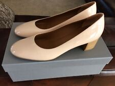 Aquatalia Vera Mid Pump Color Blush Size 8,5.  Made in Italy.