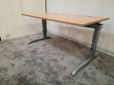 TECHO Arkus straight rectangle office desk table 140cm x 80cm adjustable height