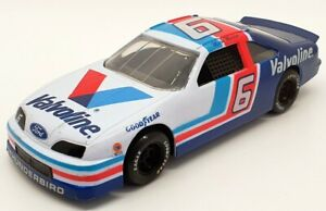 Racing Champions 1/24 Scale 09050 - Stock Car Ford #6 M.Martin Nascar - White