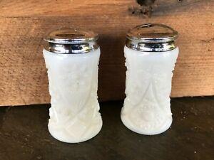 Vintage Kemple White Milk Glass  Pattern Salt & Pepper Shakers Art Deco Flower