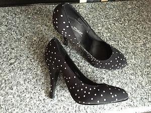 BNWT Ladies Sz 8 Anne Michelle Black Polka Dot Print High Heel Shoes RRP $65