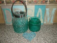 TEAL BEDROOM ORNAMENTS