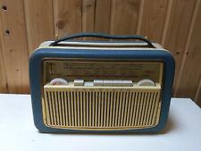 Kofferradio  AKKORD Transistor  Pinguin   U 61 .