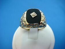 10K YELLOW GOLD MEN'S ONYX NUGGET RING WITH SMALL DIAMOND 9.6 GRAMS, SIZE 12.
