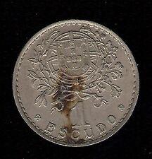 Moneda de 50 centavos Portugal 1957