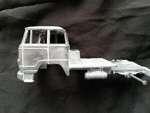 Tracteur Unic Esterel Dinky Toys 887 Pièces pour Camion citerne BP