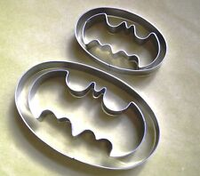 2 size Batman Logo Special Pastry Fondant Stainlees Steel Cookie Cutter Set
