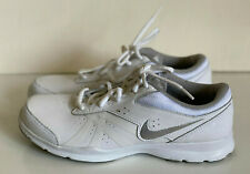 NEW! NIKE CORE MOTION TR2 WOMEN'S WHITE RUNNING CROSS TRAINING SHOES 8.5 40 SALE
