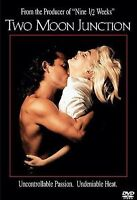 Two Moon Junction (DVD, 2000, French and Spanish Subtitles) EUC FREE Shipping