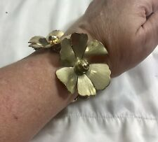 "vintage gold tone 3d flower bracelet with charms 7"""