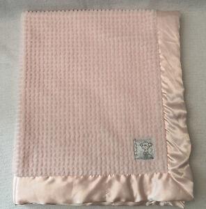 "LITTLE GIRAFFE NWOT Pink Honeycomb Baby Blanket Soft Satin Trim 31.5"" x 36"" NEW"