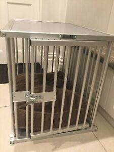Aluminium dog cage with cushion