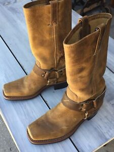 Frye Boots Ladies Harness 12R Size 7 Tan Square Toe USA Used GC